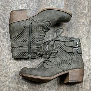 Vargas Low Roxy Ankle Boots Faux Leather Combat